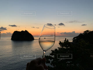 夕陽とマリアージュの写真・画像素材[3829134]
