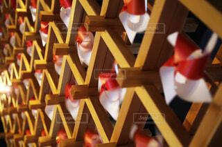 紅白の風車たちの写真・画像素材[3845288]