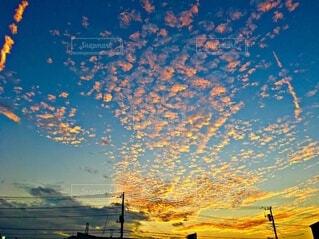 冬の空 夕暮れの写真・画像素材[3861400]
