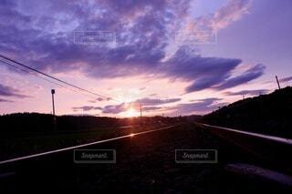 沈む夕暮れの写真・画像素材[3840867]