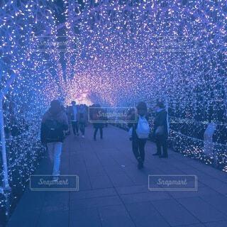 光のトンネル。の写真・画像素材[3857611]