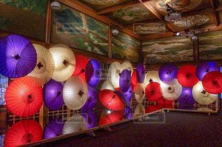 部屋のぬいぐるみのグループの写真・画像素材[2373014]