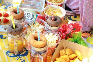 おしゃれピクニックでインスタ映えの写真・画像素材[3894554]