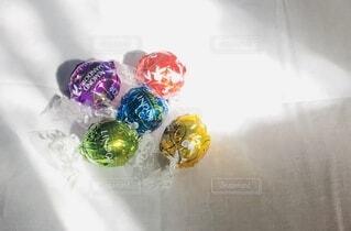 5色の虹の写真・画像素材[3904024]