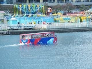 水陸両用バスの写真・画像素材[4324660]