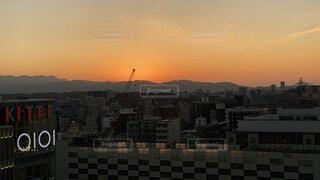 博多駅屋上からの、日の入り😊の写真・画像素材[4073325]