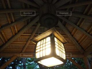 和みの屋外照明の写真・画像素材[3906021]