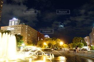 都会の公園の写真・画像素材[3919320]
