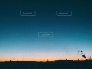夕日が沈む頃の写真・画像素材[3958520]