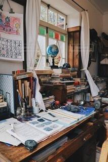 サツキとメイのお父さんの机の写真・画像素材[3926857]