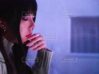 女性の横顔の写真・画像素材[4118182]