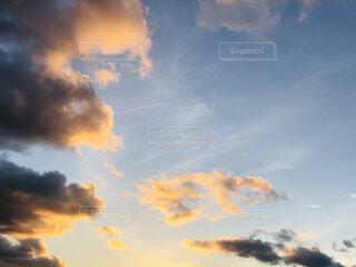 空の雲の群の写真・画像素材[3948159]
