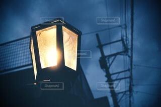 夜の灯の写真・画像素材[3960336]