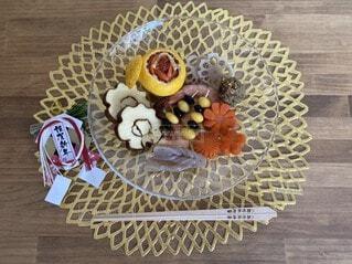 食べ物をテーブルの上に閉じるの写真・画像素材[4059096]