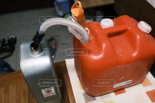 灯油を給油の写真・画像素材[3984977]