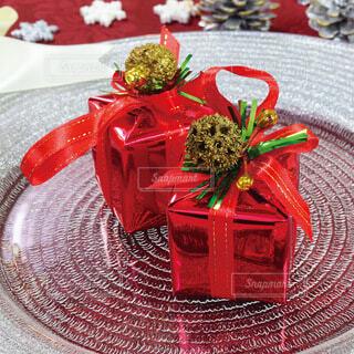 プレゼント!誕生日、記念日、バレンタイン、クリスマスの写真・画像素材[3992445]