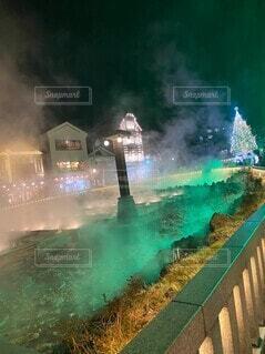 煙が出ている水の噴水の写真・画像素材[3995363]