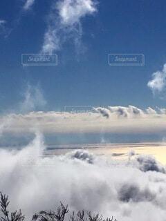 空の雲の群の写真・画像素材[4005173]