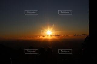地元の山から見た初日の出の写真・画像素材[4019443]