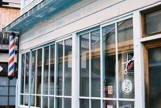古い散髪屋の写真・画像素材[4227320]