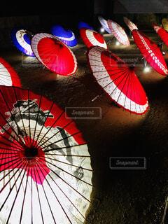 和傘ライトアップの写真・画像素材[4030781]