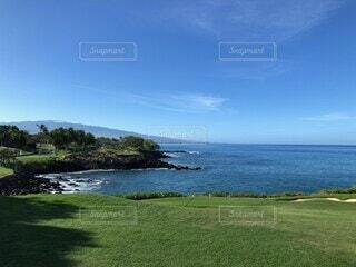 海沿いのゴルフコースの写真・画像素材[4010516]