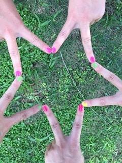 指で星形を作るの写真・画像素材[4020257]
