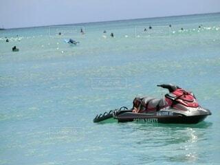 ワイキキビーチのある風景の写真・画像素材[4016045]