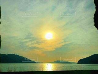 瀬戸内海の夕日の写真・画像素材[4240908]