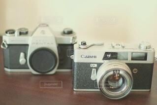 インテリア用のフィルムカメラの写真・画像素材[4771362]