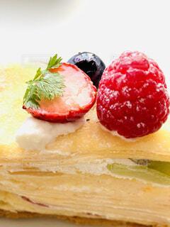 クレープと果物の写真・画像素材[4071502]