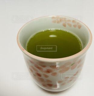 テーブルの上のお茶の写真・画像素材[4264294]