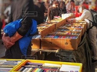 ドイツの青空古本市場の写真・画像素材[4057746]