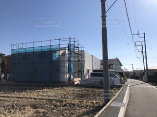 田んぼから新しい家に生まれ変わるの写真・画像素材[4069892]