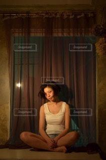 女性の写真・画像素材[103298]