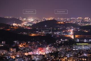 夜の都市の眺めの写真・画像素材[4049356]