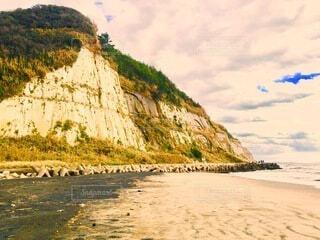 海岸沿の崖の写真・画像素材[4055947]