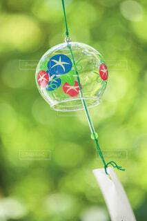 涼しげな風鈴の写真・画像素材[4062596]