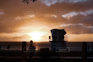 Ala Moana Beach Park Sunsetの写真・画像素材[4059084]