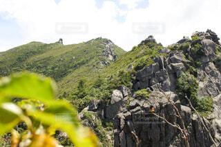 頂上までの道のりの写真・画像素材[4145841]