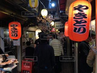 新宿、思い出横丁、飲み屋街の風景の写真・画像素材[4062183]
