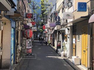 新宿、ゴールデン街、昼の風景の写真・画像素材[4062211]