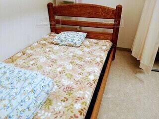 ベッドルーム(ベッドルーム、ベッド付)1室の写真・画像素材[4164101]
