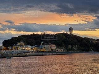 江ノ島の夕陽の写真・画像素材[4066674]