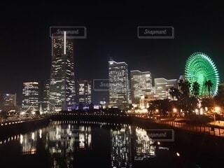 いつも明るい都市の写真・画像素材[4070134]