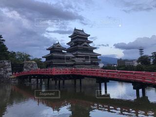 月明かりと松本城の写真・画像素材[4162388]