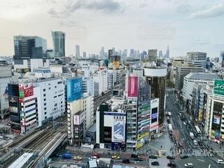 都市の高い建物の写真・画像素材[4075449]