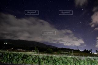 夜空の写真・画像素材[555928]
