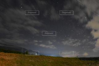 夜空の写真・画像素材[555931]
