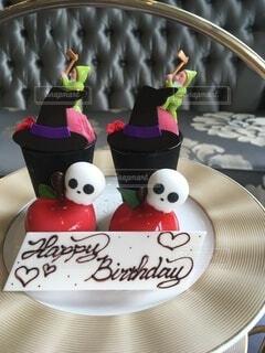 テーブルの上のお誕生日の写真・画像素材[4116192]
